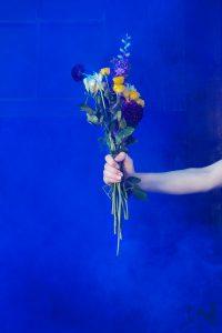 Smoke-Bomb-Unique-Creative-Photography-Flowers