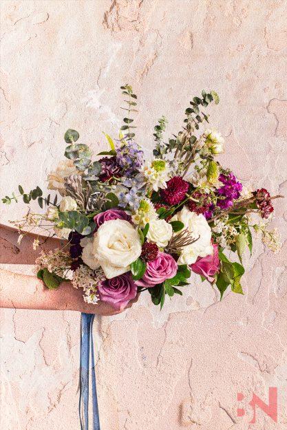 Vintage-Bridal-Photos-Bouquet