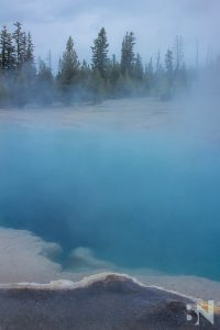Yellowstone-National_Park-Teal-Pool