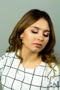 Young-Women's-Fashion-Shoot-Make-Up