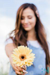 Summer-Fashion_ Influencer-Collaboration-Photoshoot-Flower